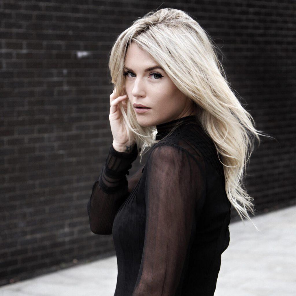 Rosie Fortescue - Fashion Influencer
