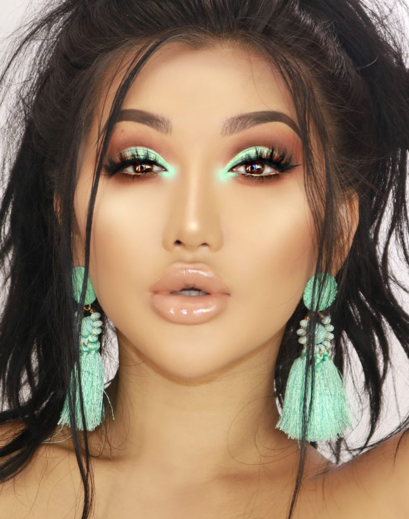 Thuy Le - Makeup Influencer