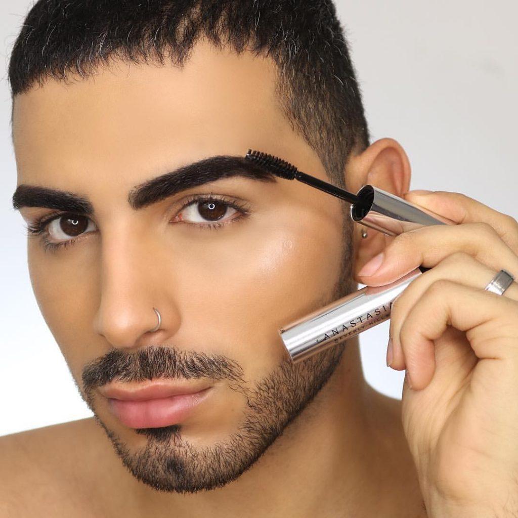 Sal Cikkcioglu - Beauty Influencer